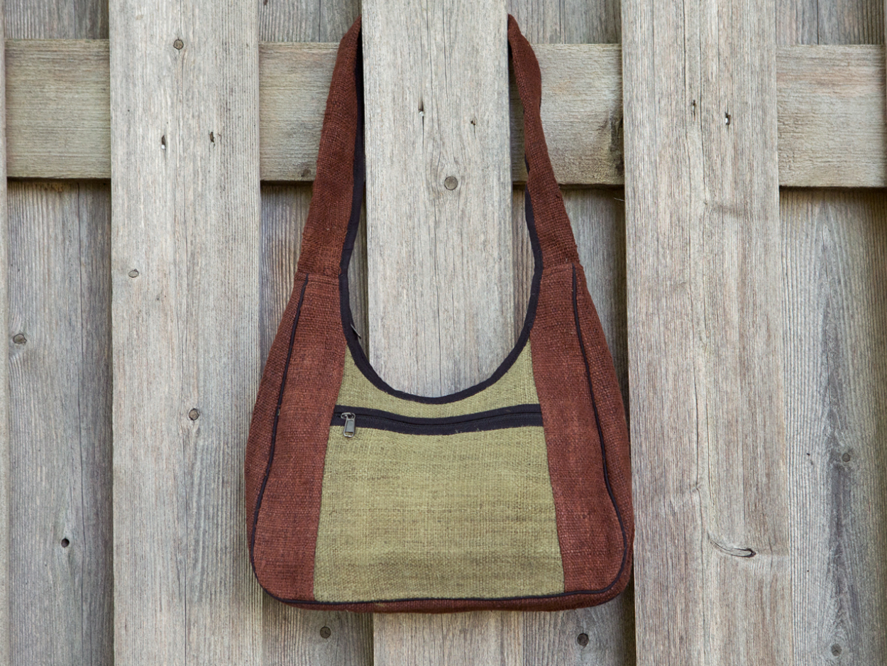 Hemp Wide Strap Shoulder Bag | the Winding Road